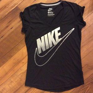 Nike loose fit tee